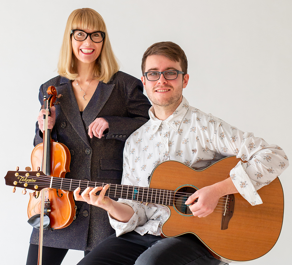 Gypsy Jazz Duo – Fiona Pears & Connor Hartley-Hall